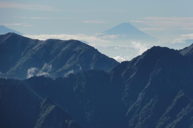 剱岳から富士山