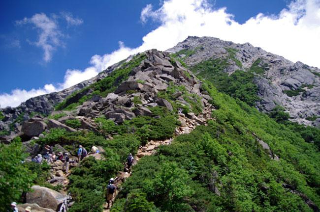 甲斐駒山頂-13