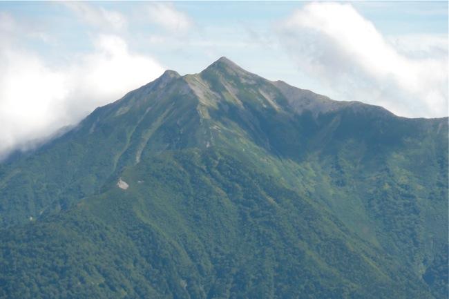 剱小屋付近より鹿島槍ヶ岳