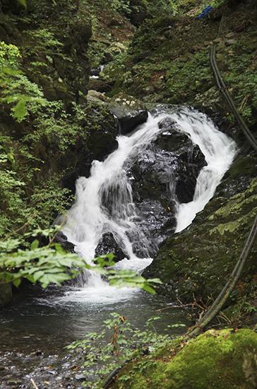 三条の湯滝1410