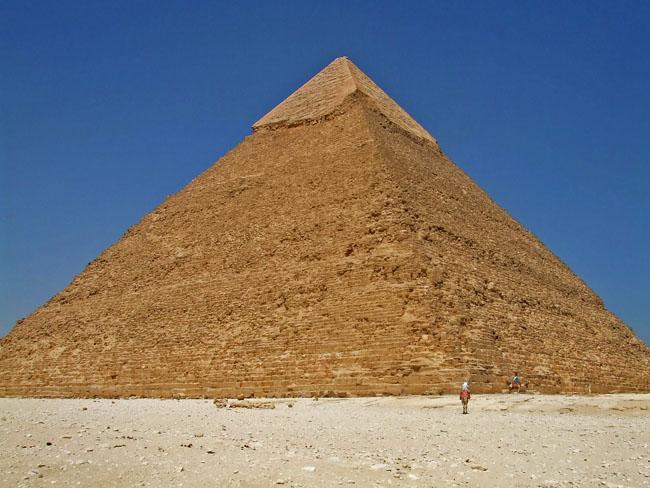 エジプト3 ギザのピラミッドへ