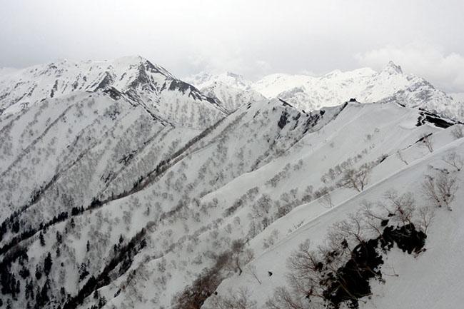 合戦尾根から槍ヶ岳2011-4