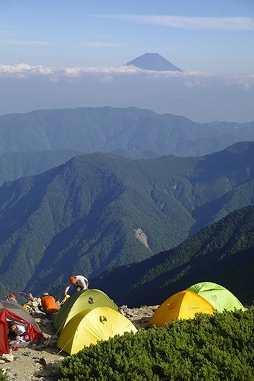 201309北岳山荘のテント場