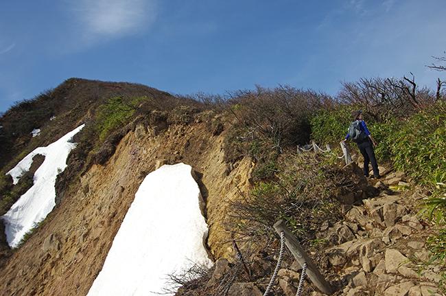 磐梯山山頂へ1505